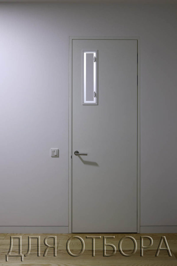 дверь с декоративным окном