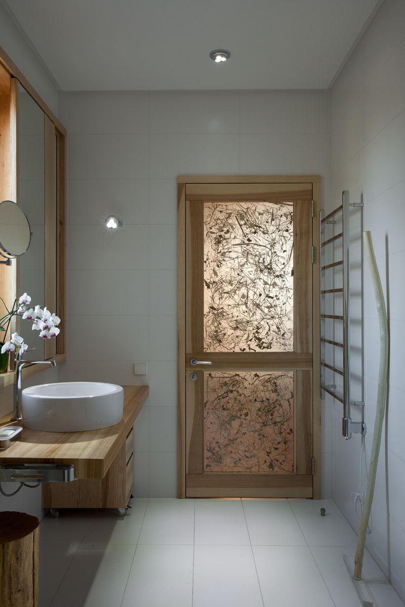 дверь с сеном