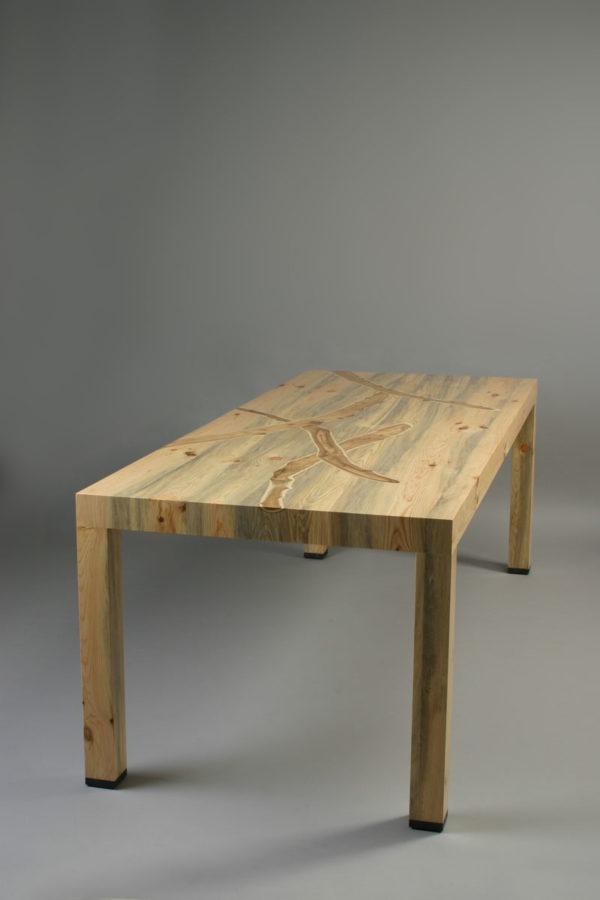 table Tibet L