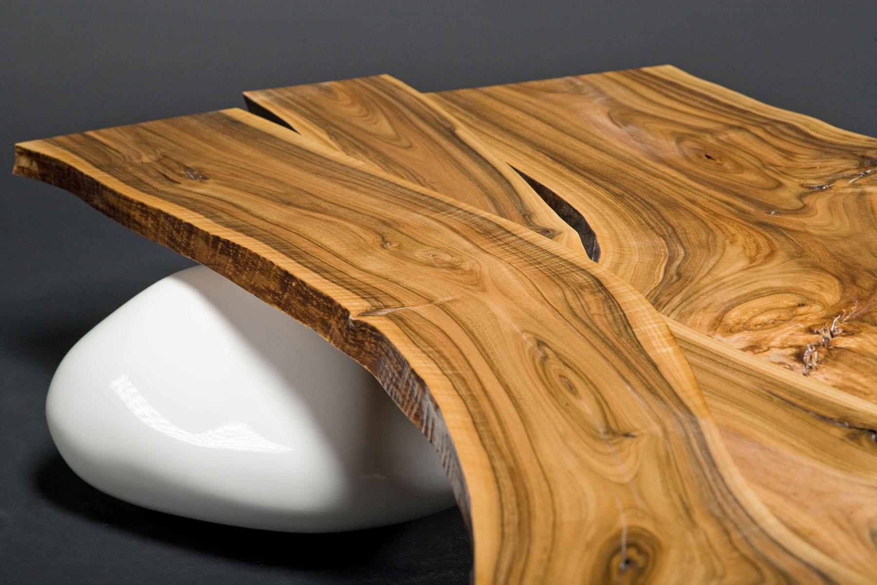 журнальный столик на камнях SE NUX