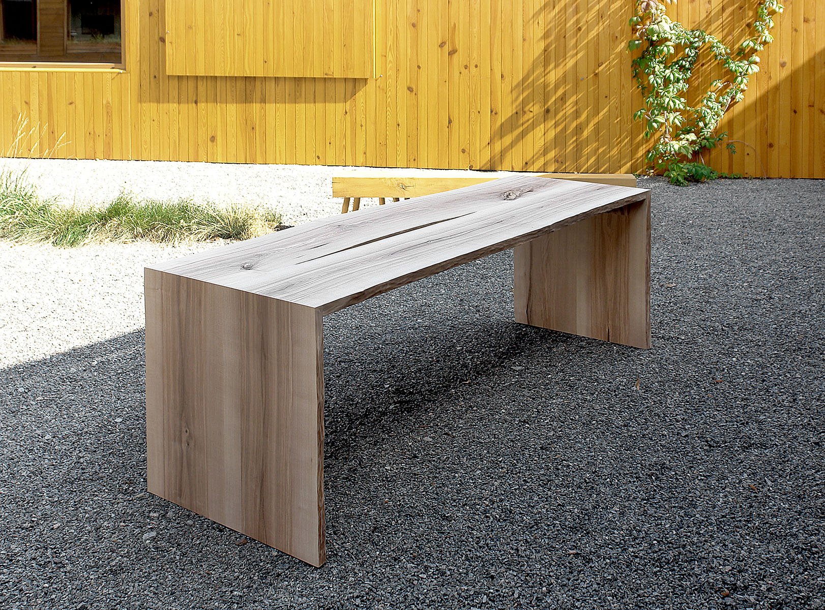 table 3Z 02