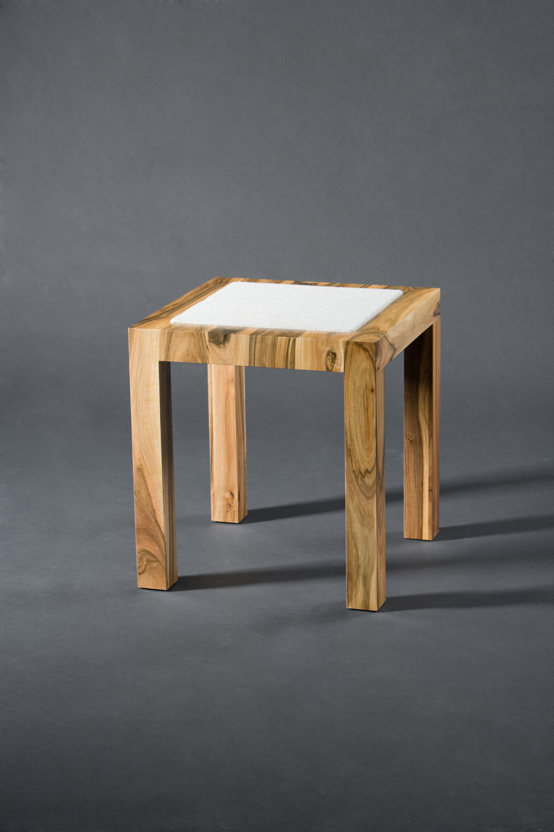stool SNW