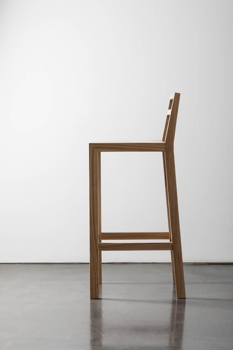 барный стул W60